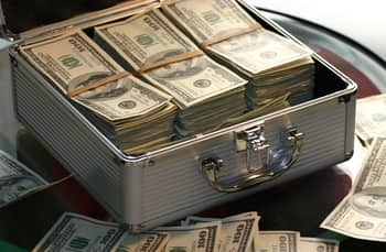 Is it Illegal to Keep Large Amounts of Cash at Home?
