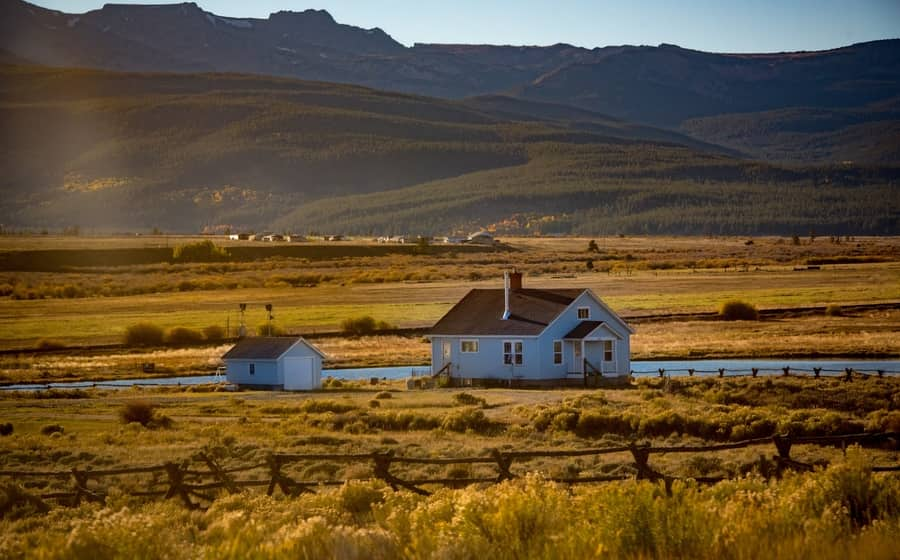 Top 12 US States for Homesteading