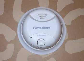Choosing the Best Smoke Detector for Your Home
