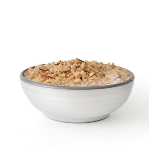 Long-lasting Maple Almond Grain Crunch Cereal